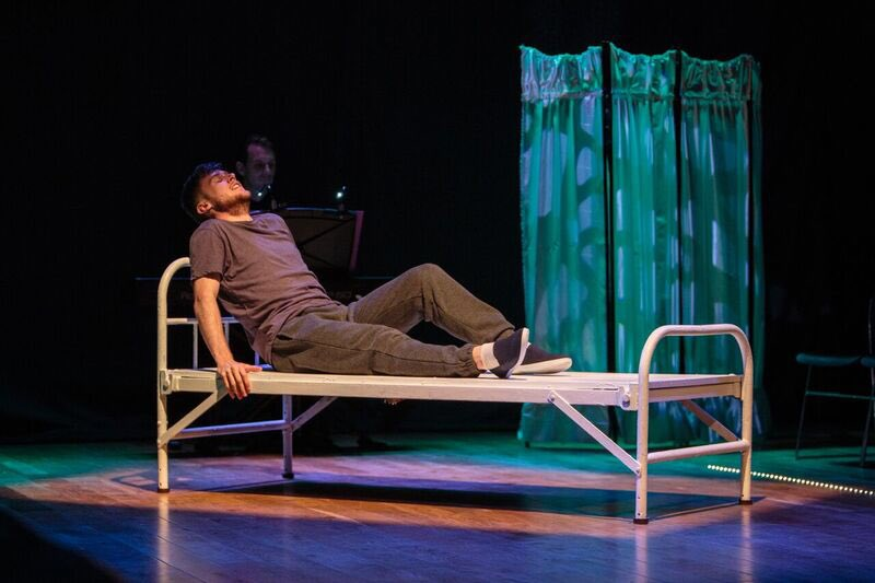 REVIEW: Perfectly Ordinary at the Guildford Fringe